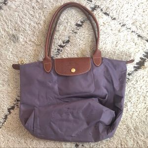 Classic Longchamp bag M/L well loved but 👌👌👌